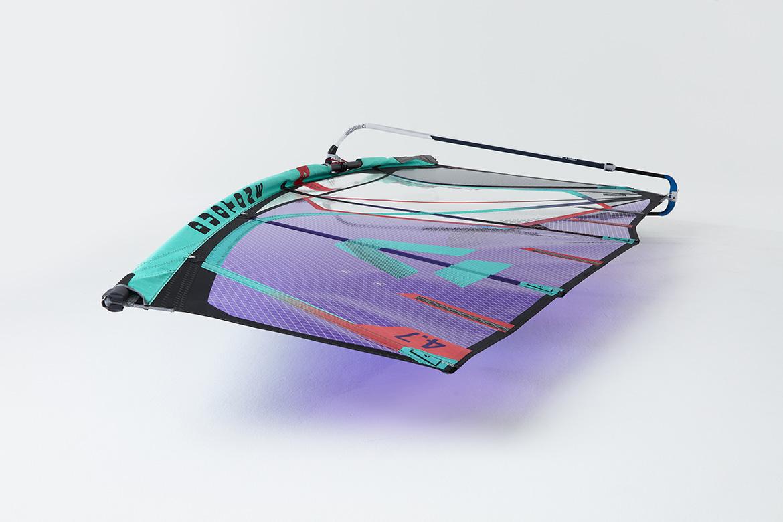 Super_Hero_Duotone_2022_windsurf_fanatic