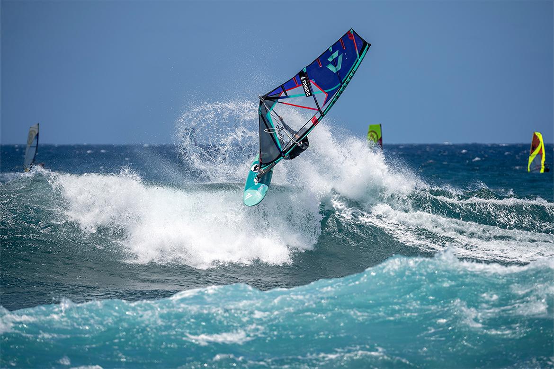Mamba_TE_Fanatic_2022_windsurf_flotteur_wave