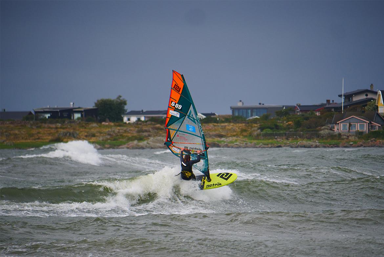 F-wave flotteur Patrick Windsurf 2